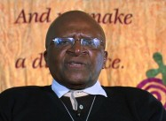 Tutu: Climate Crisis Demands we Boycott Big Oil just as we Boycotted Apartheid
