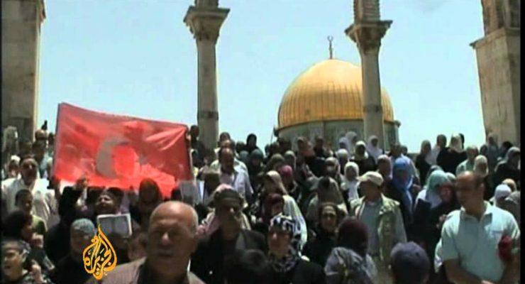 Israeli Likud Gov't Buffeted by Turkish Suit, Massive Protests