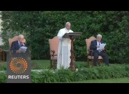 """Pope Francis hosts Israeli, Palestinian Leaders, asks them to recognize each other as """"Brothers"""""""