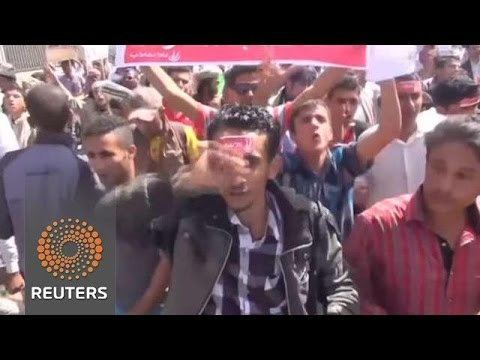 Yemen:  Saudi backs Sunni revolution against Shiite Houthi Rebels linked to Iran