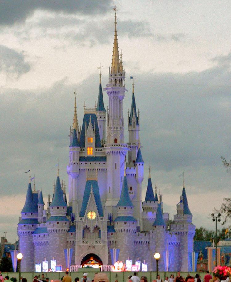 Magic_Kingdom_castle