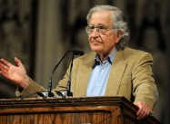 Noam Chomsky slams Turkish Pres. Erdogan for Arresting Academics, supporting Extremism