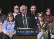 """Stunning"" Sanders Surge in Iowa over Clinton on Healthcare, Wall Street Stands"