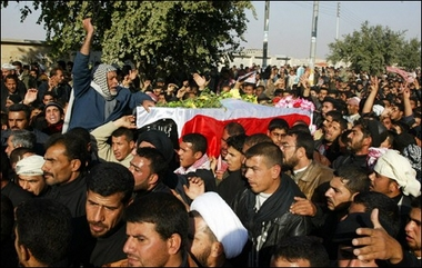 Thousands Demonstrate In Najaf Sunnis