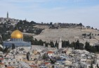 Trump adviser reiterates pledge to move US embassy to Jerusalem