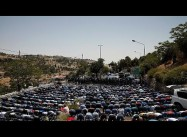Huge Palestinian Demos over Sacred al-Aqsa lead Israel to lift all Restrictions