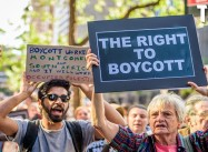1st Amendment RIP: 50 Senators want to make Boycotting Israel a Felony