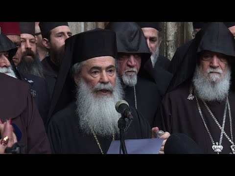 "Priests close Church of Holy Sepulchre over Israeli ""attack on Christians"""