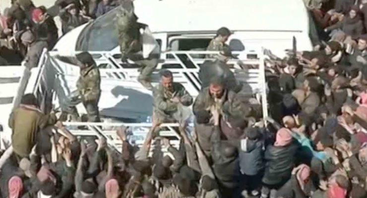 Thousands flee E. Ghouta as Regime Army Advances, Rebels ask for Talks