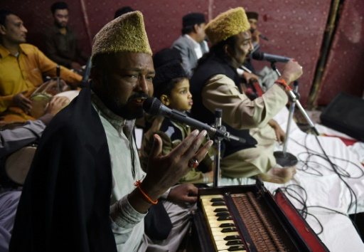 Pakistan's Sufi music fights to be heard after singer's Killing