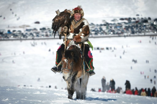 How Horse-Riding in Eurasia advantaged Huns, Mongols over Farmers