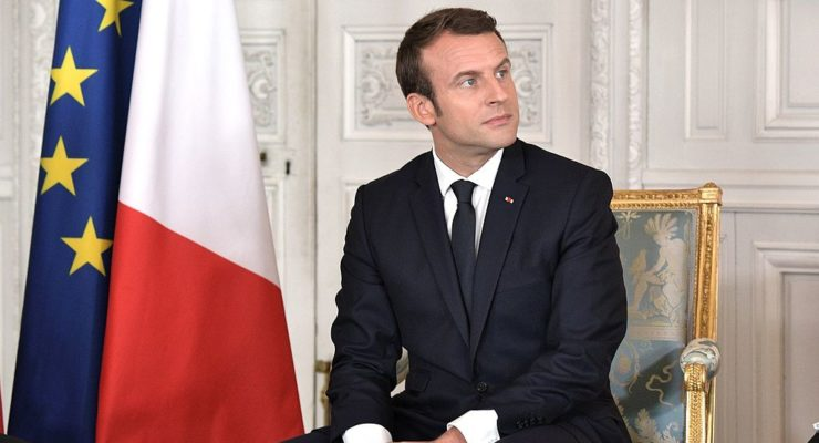 "G7 Views Trump's US as Rogue State, as France Threatens a ""G6"" Memo"