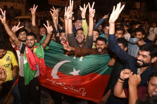 Anti-Corruption Sentiment Propels Sports Star Imran Khan to Victory in Pakistan