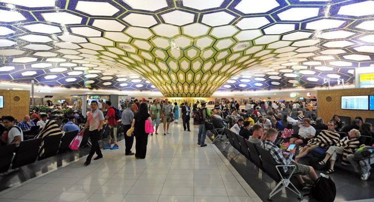 Dubai Jails Swedish Woman, Daughter, for one Glass of Wine on Flight