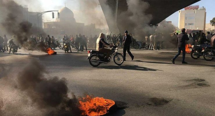 Mired in a Trump-Fuelled Recession, 20 Iranian Cities erupt with Gasoline Price Protests